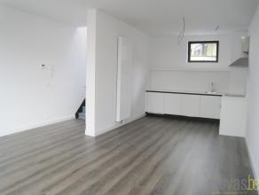 Zonnige en volledig gerenoveerd appartement van ca 76m² in de rustige Oostenstraat. Deze locatie in de hippe wijk Zurenborg is absoluut optimaal.