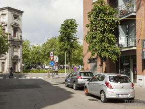 Uitzonderlijk gelegen, in hartje Zuid naast de Waterpoort, bevindt zich deze kantoorruimte van ca 124 m².Deze locatie is uiterst geschikt als kan
