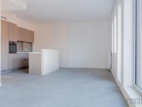 Nieuwbouw tweeslaapkamerappartement van ca 89m² in Mortsel. Het moderne gebouw springt meteen in het oog. Het gebouw voldoet dan ook aan alle str