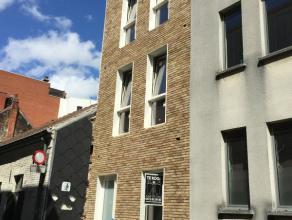 Prachtige nieuwbouwwoning met tuin te Gent/Ledeberg.Nieuwbouwwoning met 3 slaapkamers en tuin. De moderne architectuur en het gebruik van duurzame mat