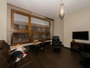 Stijlvolle ruime woning!Deze woning, rustig gelegen in een recente verkaveling in Wondelgem, werd smaakvol ingericht met kwalitatief hoogstaande mater