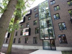 101 studios + flat studentencoach Ligging: Rijselstraat 1A - Brugge Bezoek ook onze projectwebsite www.brugge-upkot.be