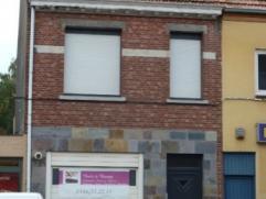 Instapklare woning in het centrum van Turnhout Instapklare rijwoning met drie slaapkamers, klein beschrijf mogelijk, met zuidwest-gericht stadstuin -