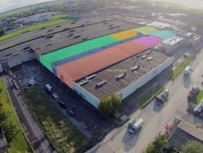 """MAGAZIJN (1.349m2) met sectionaalpoort en sanitair (IDEAAL voor opslag, metaalconstructie, schrijnwerkerij, garage, ...) op industriezone """"Heernisse"""""""