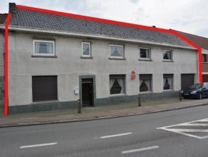 Gunstig gelegen projectgrond, voormalig handelshuis (café).  De totale oppervlakte van het perceel bedraagt ca. 910 m² en de façade