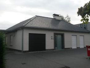 Gent / Drongen, fietsafstand centrum Gent, nabij Drongen station,   open bebouwing, instapklaar, 2 slaapkamers, ruime lichtinval,   garage/parking, pr