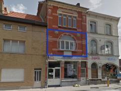 Leuk ÃÂÃÂnslaapkamerappartement (79m²) op 1e verdiep aan Gentse stadsrand, nabij openbaar vervoer. Indeling: zon