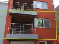 Mooi onderhouden 2-slaapkamerappartement in het centrum van Geraardsbergen. Op wandelafstand van scholen, winkels , ...