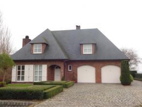 Verzorgde instapklare bemeubeldevillaMooie ruime bemeubelde villa in de Polders.De woning is volledig in detail ingericht en instapklaar.Inkomha