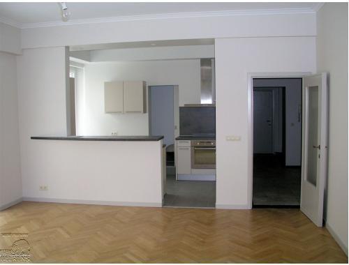 Appartement te huur in Brussel, € 800