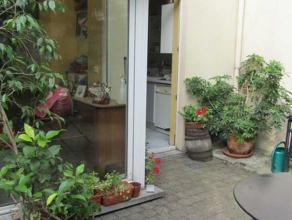 Schaerbeek-DIAMANT : Charmante Maison unifamiliale bien située. Rdch : entrée, grand séjour - salle à manger avec v&eacute