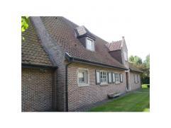 PRACHTIGE RUSTIEKE VILLAOpp. 1338 m²; gevelbreedte 23,50 m²; VP: 625.000,00, tuin; indeling: hall, living, eethoek, keuken,