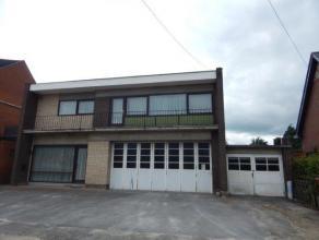 Een woonhuis met magazijn te Olen, Ven 7,kadastraal gekend sectie G nummers 225 H en 225 K,  1200 m², KI euro 1251. Bestaande uit:  inkom met tra