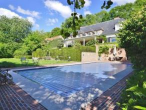 Exceptionnelle villa classique de ±400m² située dans le meilleur quartier résidentiel de Waterloo sur ±30 ares b&eacu