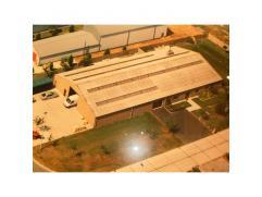 Grote werkplaats in industriegebouw (80%) met Silexpanelen. Aparte bureau, zolderruimte (thans voorraad) op verdiep.Woongedeelte (20%) :  gelijkvloers