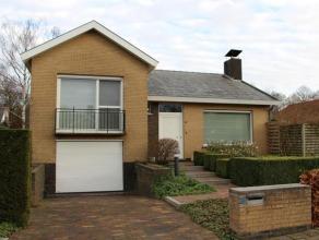 Comfortabele en bijzonder goed onderhouden open bebouwing op unieke residentiële locatie te Sint-Andries. Totale grondopp. 519 m². Deze sfee