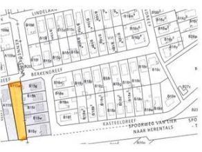 Perceel bouwgrondWg, Gvkr, Gvg, Vv. dd. 8/05/1978, perceel komt in aanmerking voor open bebouwing.Gekend ter streke Noorderlijk Ecchelpoel, wijk A, nu