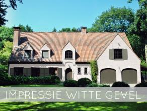 Zeer ruime en rustig gelegen villa met o.a. 6 slaapkamers, grote garage en bijgebouwen op een perceel van ca. 2.975 m² met volledige privacy.