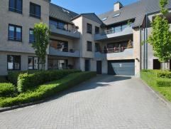 Centraal gelegen, luxe duplex-penthouse van ca. 327 m² met 4 slaapkamers en met prachtige terrassen.