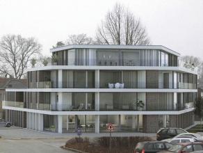 Zeer ruim, modern casco appartement met een bewoonbare oppervlakte van 180 m² met terras, gelegen in het centrum van Heide - Kalmthout.