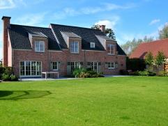 Zeer verzorgde landelijke woning met grote multifunctionele schuur op een perceel van ca. 6.000 m² landelijk gelegen tussen de dorpskernen van Pu