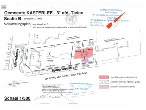 Mooi - centraal gelegen perceel bouwgrond in de dorpskern van Tielen en ditop wandelafstand van het station - winkels - scholen.Dit perceel is gelegen
