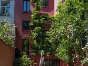 W-022E3U - Dans le quartier Brugmann Molière, très belle maison de maître unique sur ± 420m²(superficie totale) datant