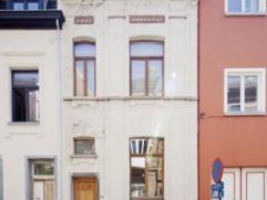 A proximité des institutions européennes et du square Ambiorix, des commerces, et des moyens de transport, Très belle maison unif