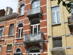 Maison exceptionnelle de 320 m2 composée de 4 chambres, un grand séjour, une cuisine hyper-équipée, 2 SDB, 1 terrasse.Situ