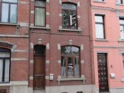 Avenue de Jemappes 141 à 7000 MONS. Maison composée de: hall d'entrée, séjour/salle à manger, cuisine équip&
