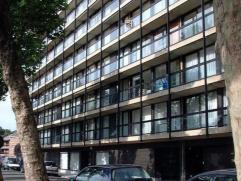 """Rue de la Tannerie, 7C7 à 7000 MONS. Studio situé au 7°étage de la Résidence """"Le Vauban"""", composé d'un hall d'e"""