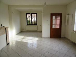 Rue Jean Van Den Eede 8 à MONS; Belle maison composée de : au rez de chaussée : hall d'entrée, séjour, cuisine supe