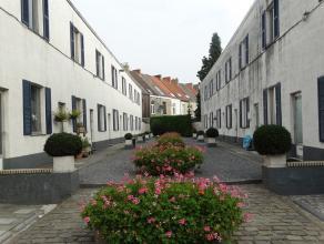 Prijs : euro 440 Aantal slaapkamers : 1 Aantal douchekamers : 1 Adres : Maria-Theresiastraat 37, 9000 Gent Bewoonbare opp. : 45 m²