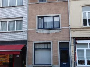 Prijs : euro 675 Aantal slaapkamers : 2 Aantal badkamers : 1 Adres : Weversstraat 14, 9000 GENT
