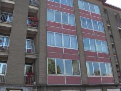 Appartement confortable à proximité du centre de Strombeek comprenant un grand salon, une cuisine équipée, deux chambres,