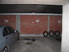 """autostaanplaats nr.46 in residentie """"vijverhof"""" 2950 Kapellen - Antwerpsesteenweg 271"""
