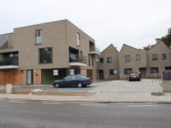 Ligging / Omgeving  Nieuwbouw woning gelegen te Molsekiezel 73 in Lommel, namelijk in residentie 'Kiezelhof'. Deze residentie is gelegen in de nabij