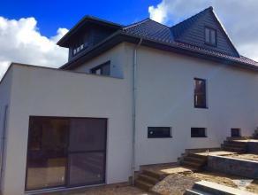 Centrum Haasrode, Volledig verbouwde en instapklare authentieke dorpsvilla op een perceel van 8 are met inpandige garage, 4 slaapkamers, 2 badkamers e