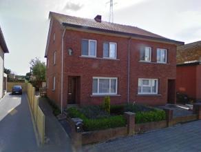 VERBINDINGSSTRAAT 19 BERINGEN:<br /> Grotendeels gerenoveerde HOB met 5 slaapkamers, tuin op 2a33ca.<br /> <br /> Indeling: Gelijkvloers: Inkomhal, li