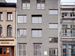 AG VESPA verkoopt een energiezuinig duplexappartement aan het Falconplein 9 in centrum Antwerpen. Het nieuwbouwproject, een ontwerp van PULS architect