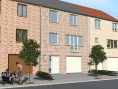 Nieuwbouwproject voor een gesloten bebouwing met het model MILANO 3 kamers, badkamer, garage voor 1 wagen, driedubbel beglazing, zonnepanelen, 14cm is