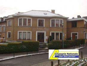 Molenbeek limite Dilbeek Grande maison 280m² idéale profession libérale avec 2 entrées séparées-Rez grand livi