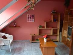 Arlon centre,charmant appartement entiÃÂrement meublÃÂ composÃÂ comme suit: hall d'entrÃÂe, s&Atil