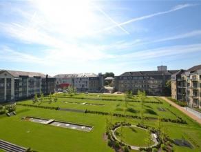 Arlon, rsidence Callemeyn, splendide appartement de 120 m² compos comme suit: hall d'entre, vaste sjour , cuisine quipe, grande terrasse en bois