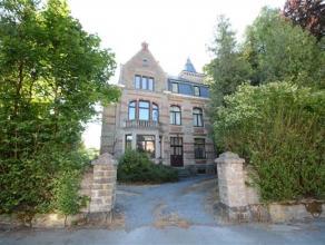 Arlon, splendide appartement de 85 m² situàau rdc d'une trÃÂs belle maison de maÃÂtre enti&Atilde