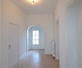 Arlon, splendide appartement de 110 m² situàau1er ÃÂtage d'une trÃÂs belle maison de maÃ&A