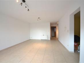 Arlon, bel appartement de 85 m² composàcomme suit: hall d'entrÃÂe, grand sÃÂjour, cuisine &Atilde
