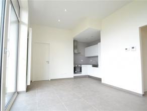 Arlon, splendide appartement situé au 3ème étage composé comme suit: hall d'entrée, séjour, cuisine é