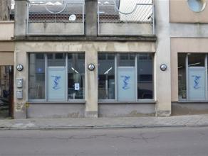 Arlon, immeuble de rapport composé dun rez commercial de 150 m² ainsi que de deux appartements loués situé dans le centre-vi