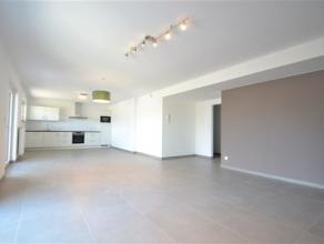 Arlon, splendide appartement neuf de 115 m² composé comme suit: hall d'entrée, vaste séjour lumineux, cuisine équip&e